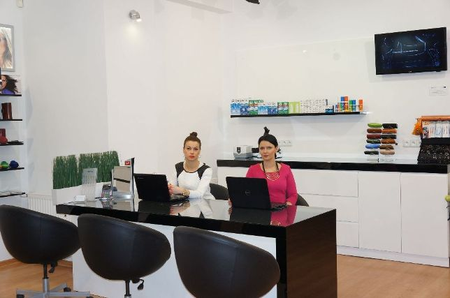b62de6c35d70 Salon Optyczny Świat Optyki przy ul. Mariańskiej 1 oferuje najwyższej  jakości produkty i usługi oraz profesjonalną obsługę Klienta.